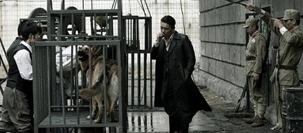 《风声传奇》南京热播 蛇鼠酷刑挑战视觉神经